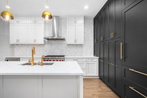 West Hills Custom Kitchen Cabinetry shutterstock 1809847384 client 300x200